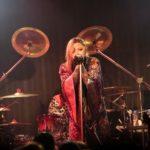 PENICILLINが夏を取り戻せと「祭り」をテーマにライブ。満員の観客たちとPENICILLINの荒ぶるライブの熱気で、会場は猛暑ならぬサウナ祭り!!!